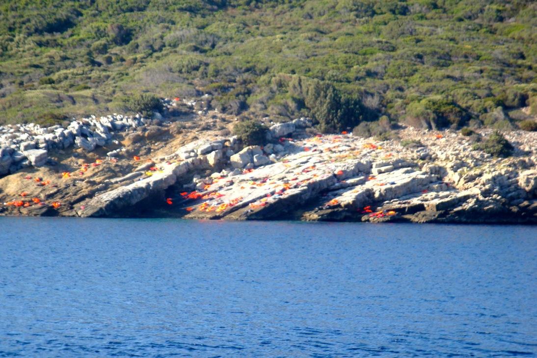Hjalporganisationer lamnar grekland
